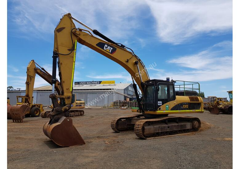 2007 Caterpillar 330DL Excavator *CONDITIONS APPLY*