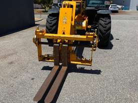 JCB 541-70 Telehandler Near New  - picture2' - Click to enlarge