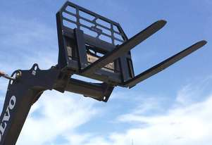 Skid Steer 1800kg Pallet Forks - Certified to AS2359