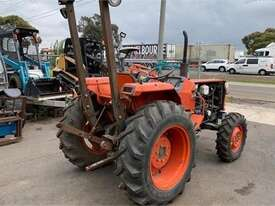 KUBOTA L2850 late model - picture0' - Click to enlarge