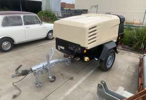 Doosan 7/41 130cfm Air Compressor