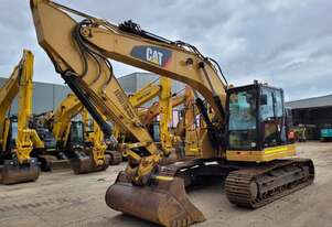 2017 CAT 325FL 25T EXCAVATOR WITH LOW 2200 HOURS