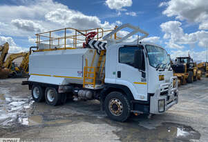 Isuzu Euro V 1400 6 x4 Watercart