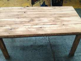 Old table. - picture3' - Click to enlarge