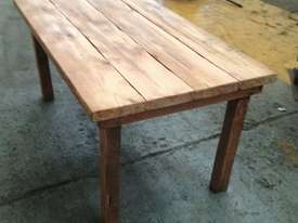 Old table. - picture4' - Click to enlarge