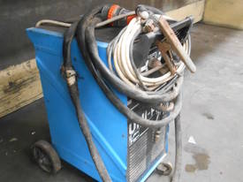 Uni Plas 703 Plasma Cutter - picture1' - Click to enlarge