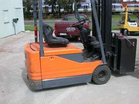Toyota 1.8 Ton Electric Forklift - picture0' - Click to enlarge