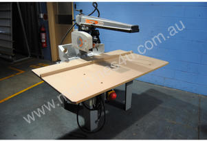 Maggi Junior 640 Radial Arm Saw