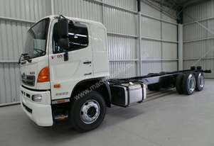 Hino FM 2632-500 Series Cab chassis Truck