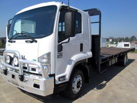 Isuzu FSR700 Stock/Cattle crate Truck