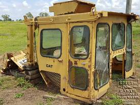 CAT D7E or D7F Cabin - picture4' - Click to enlarge