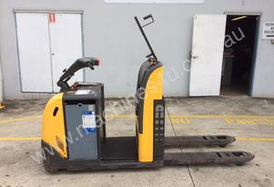Fantastic Stand On Pallet Truck