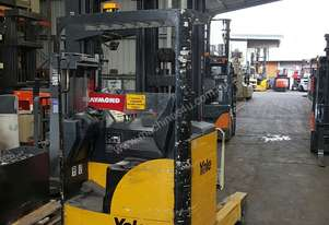 Yale MR14 High Reach Truck 7500mm Lift Height