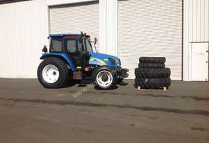 2010 New Holland T5040 Tractor