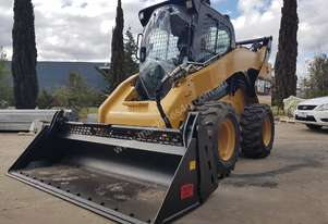 USED CAT 272D XHP SKID STEER WITH LOW 1380 HOURS