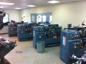 Ajax Chin Hung 430mm & 530mm High Quality Taiwanese Lathes - picture10' - Click to enlarge