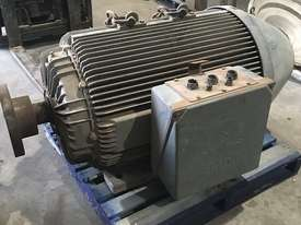 Electric Motor 220kw - picture0' - Click to enlarge