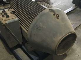 Electric Motor 220kw - picture2' - Click to enlarge