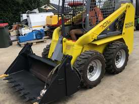 Wacker Neuson Skid Steer 2.4T 4ea x New Tires FULLY SERVICED  - picture15' - Click to enlarge