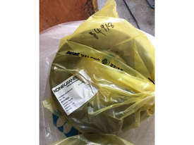 KONECRANE 60009660 FLANGE PLATE FOR BRAKE NEW - picture1' - Click to enlarge