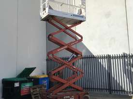 Used Scissor Lift - picture0' - Click to enlarge