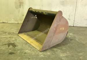 UNUSED 750MM DIGGING BUCKET TO SUIT 2.5-4.5T EXCAVATOR E033