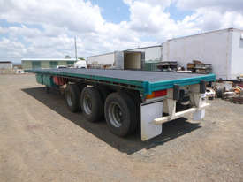 Haulmark B/D Lead/Mid Flat top Trailer - picture8' - Click to enlarge