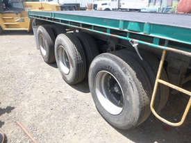 Haulmark B/D Lead/Mid Flat top Trailer - picture12' - Click to enlarge