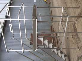 Stainless Steel Inspection Platform - picture1' - Click to enlarge