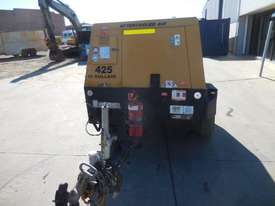 SULLAIR 425DPQ 425CFM MOBILE DIESEL AIR COMPRESSOR - picture2' - Click to enlarge
