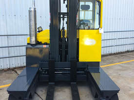1.8T LPG Multi-Directional Forklift - picture3' - Click to enlarge