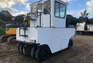 Pacific 33TC Multi Tyred Roller