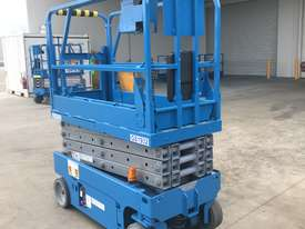 New Genie GS-1932 Scissor Lifts - picture1' - Click to enlarge
