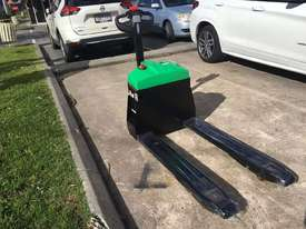 Brand New Hangcha 1.5 Ton Li-ion Pallet Truck  - picture1' - Click to enlarge