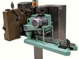 Bag Closing Sewing Machine - picture0' - Click to enlarge