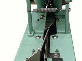 Bag Closing Sewing Machine - picture3' - Click to enlarge