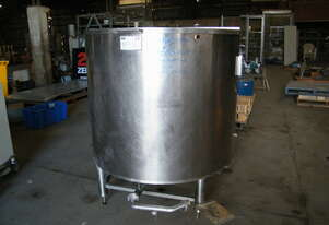 stainless steel  tank  insulated  with  heating    coil