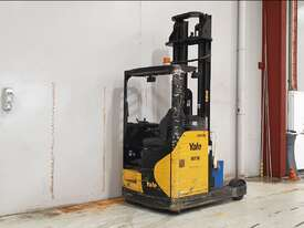 1.6T Battery Electric Reach Sit Down - picture1' - Click to enlarge