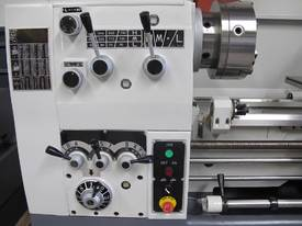 � 460mm Swing Centre Lathe, 80mm Spindle Bore, 1.1m BC - picture5' - Click to enlarge