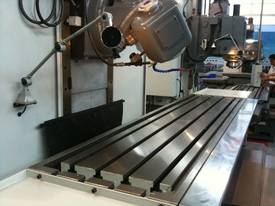 SM--BM1600 UNIVERSAL BED MILLING MACHINE - picture3' - Click to enlarge