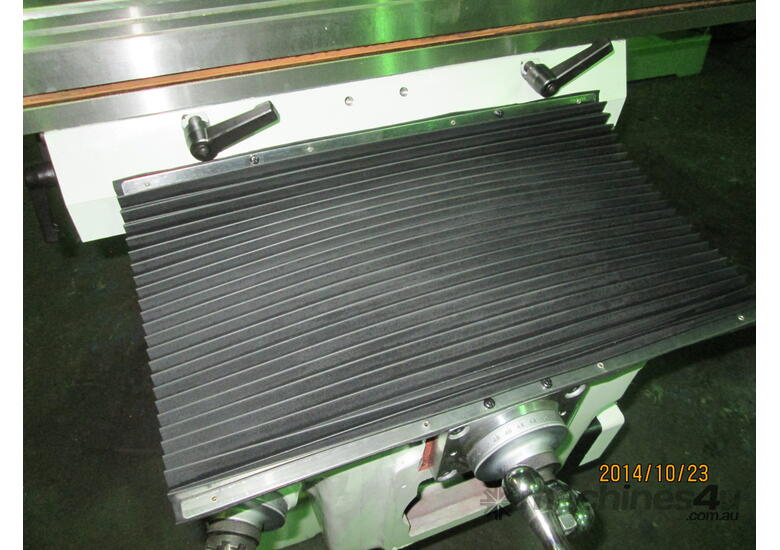 Inverter Drive with h/duty 305mm x 1500mm Table