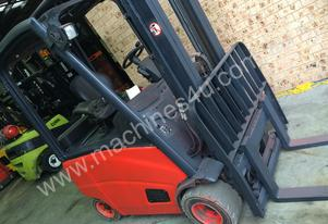 Linde E20PH Counterbalance Forklift