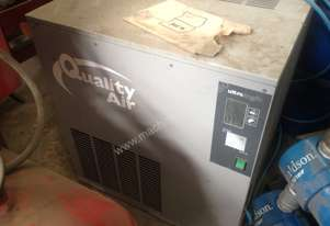 Quality Air - Air Dryer - CP 0550 AX