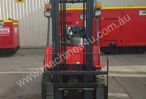 Maximal 2.5T Low hours container forklift