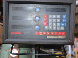 Newall DP7 7M311100 DRO Int 50 tooling 2m table - picture3' - Click to enlarge