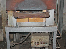 Gas Fired Furnace Oven blacksmiths Forge Kiln 600  - picture0' - Click to enlarge