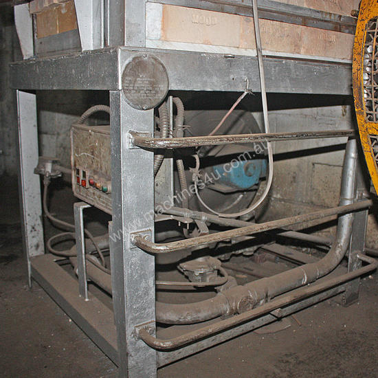 Gas Fired Furnace Oven blacksmiths Forge Kiln 600