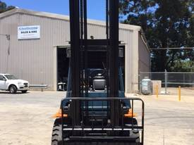 Used Toyota 7FG40 LPG forklift - picture2' - Click to enlarge