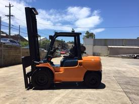Used Toyota 7FG40 LPG forklift - picture6' - Click to enlarge