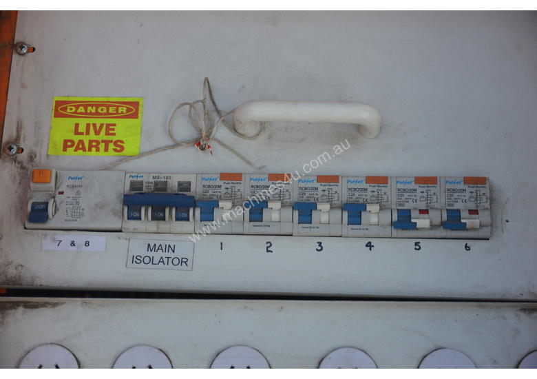 Used 3 Phase Power distribution board 6 Single Distribution Board in ...